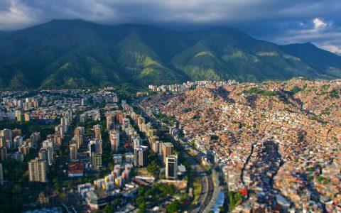 委内瑞拉:法币系统濒临崩溃,加密货币逐渐渗透